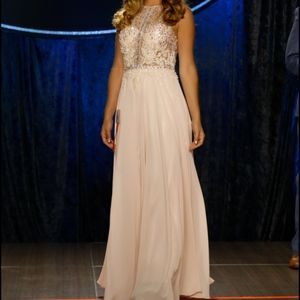Light Pink Prom/Pageant/Homecoming Gown